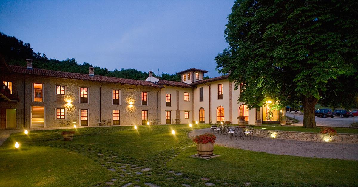 Fotogallery hotel in piemonte alba borgomale bed - Agriturismo con piscina langhe ...